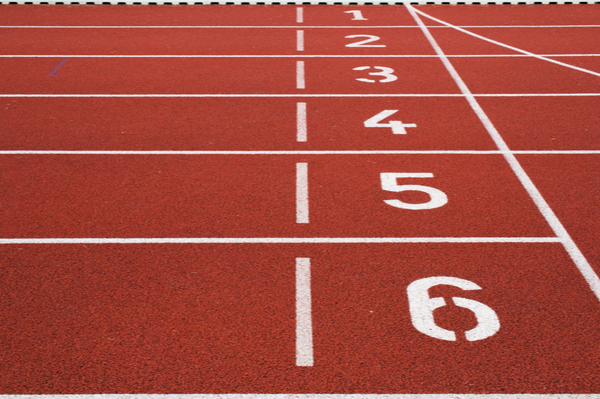 a running track with lanes numbered 1 to 6