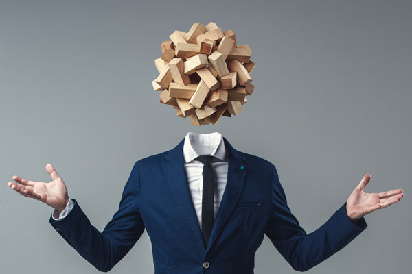 business-man-with-wood-head